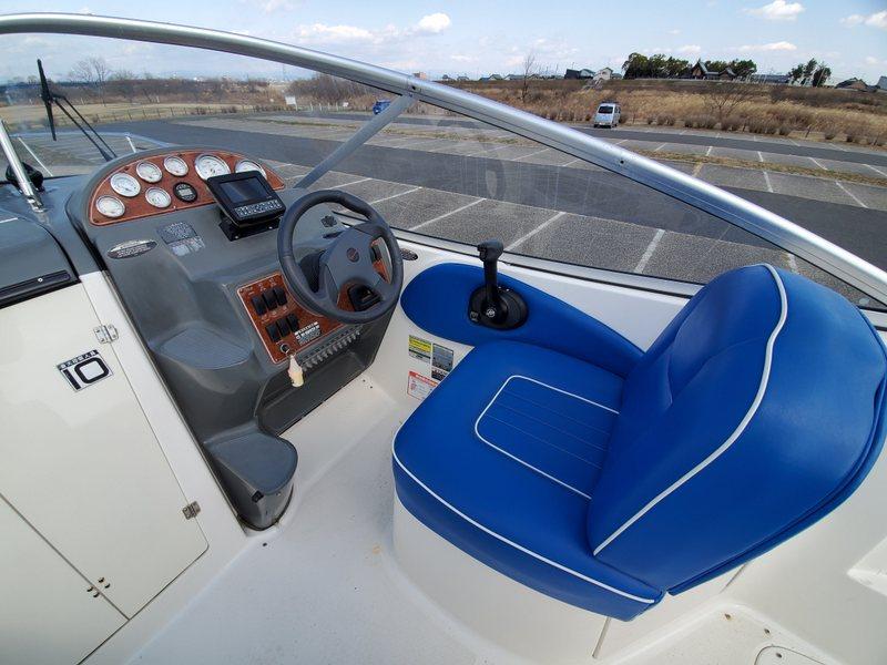 ベイライナー 245 シエラ 2005年モデル